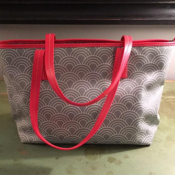 65562c81eb Jonathan Adler Handbags - Jonathan Adler Duchess Tote   Shoulder Bag